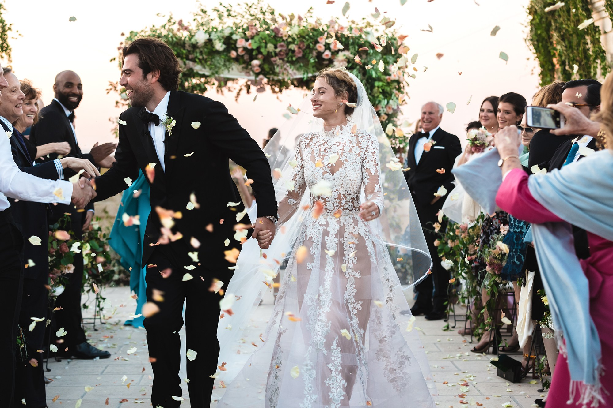 Smarter Weddings: Here's Why Crowdfunding Your Wedding is a Smart Move